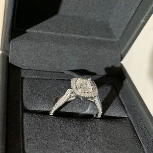 Vera Wang LOVE engagement ring